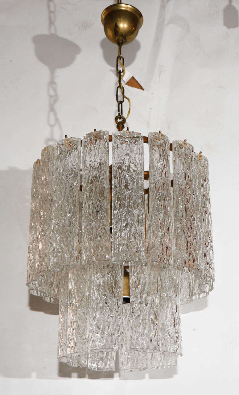 A wonderful vintage Murano chandelier. Composed of two levels of oval
