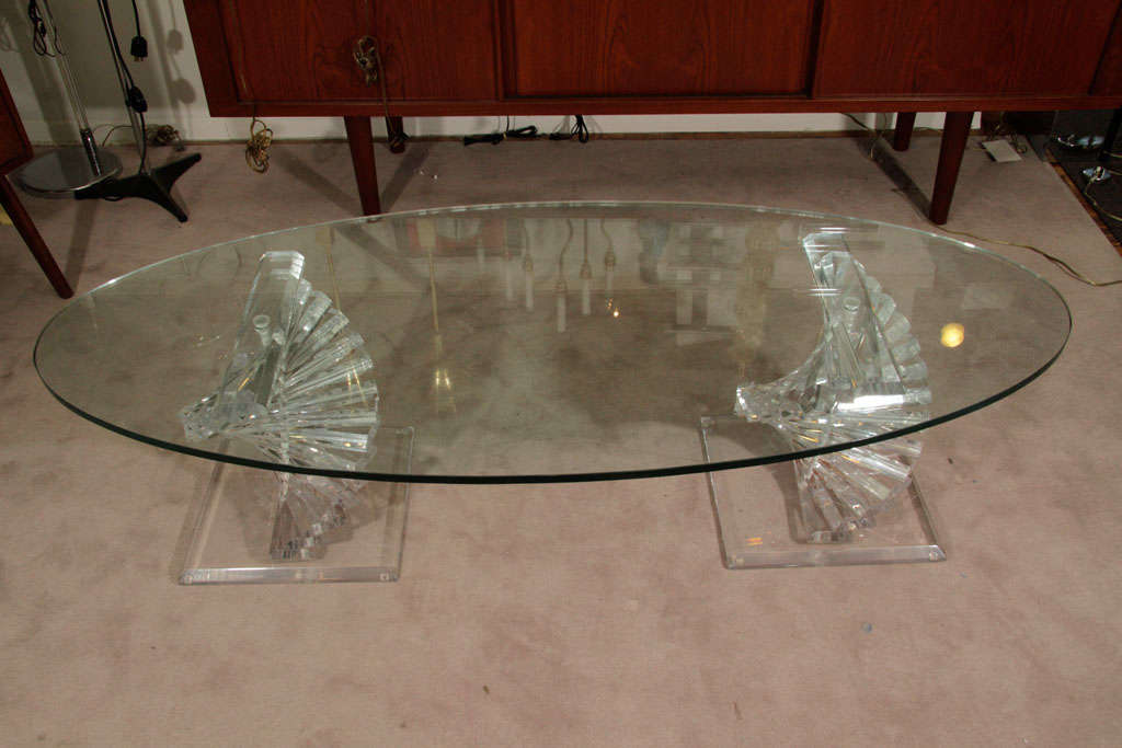 Italian Modern Lucite And Glass Coffee Table With Spiral Colume Base For