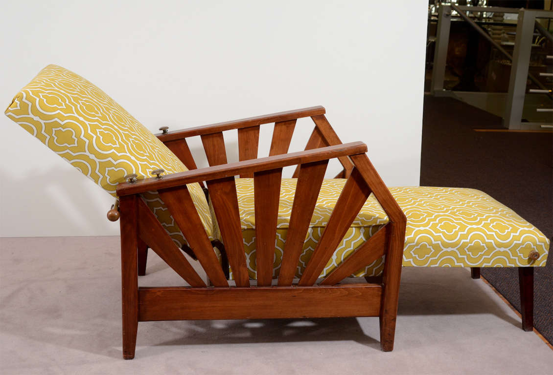 French art deco reclining chaise with wood frame at 1stdibs for Art deco chaise longue