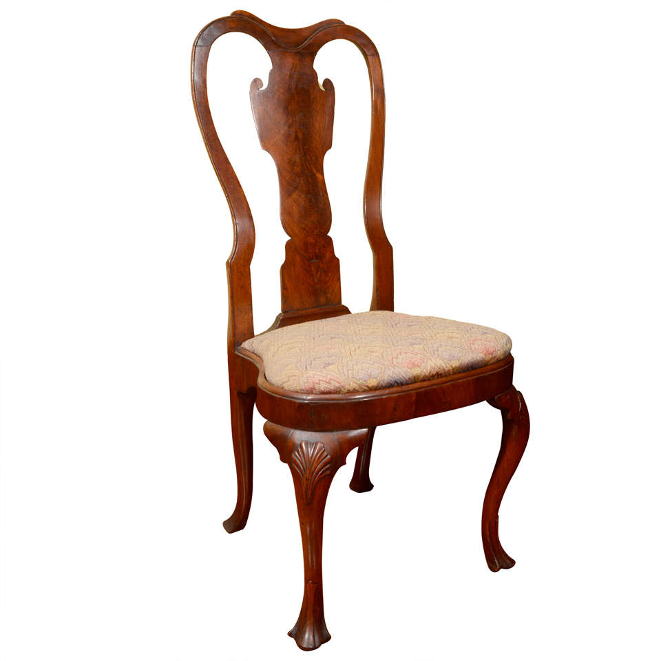 Queen anne walnut veneered side chair at 1stdibs for Queen anne furniture