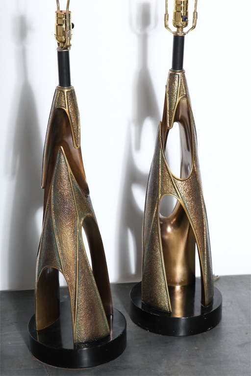 Monumental Pair of Maurizio Tempestini Bronze Resin Brutalist Table Lamps, 1960s 2