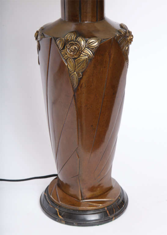 French Marionnet Table Lamp Art Deco patinated bronze France 1920's For Sale