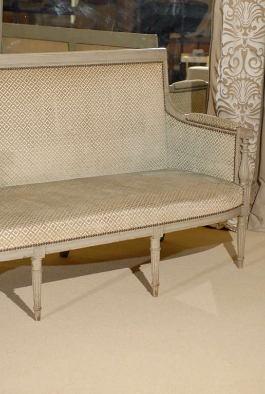 Directoire period canape in painted beechwood at 1stdibs for Canape directoire