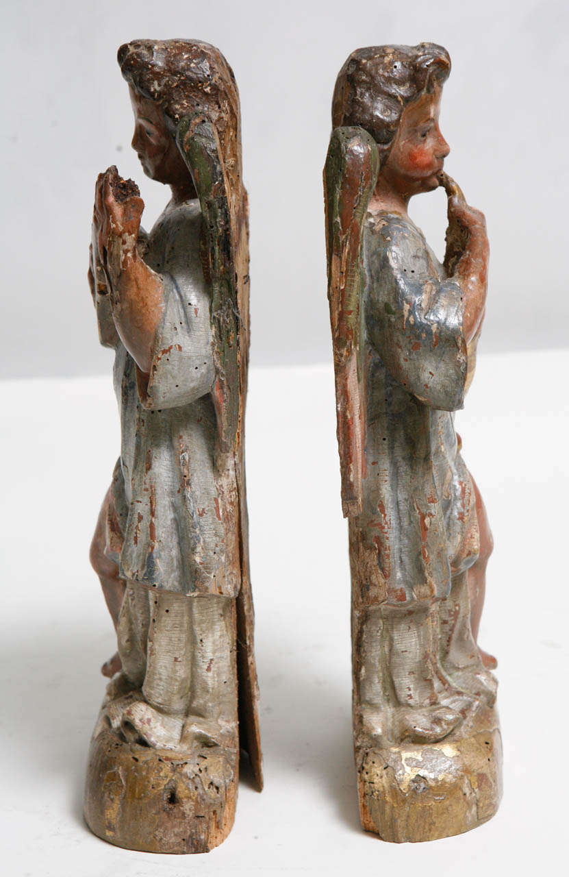 18th Century Pair of Italian Angels For Sale 3