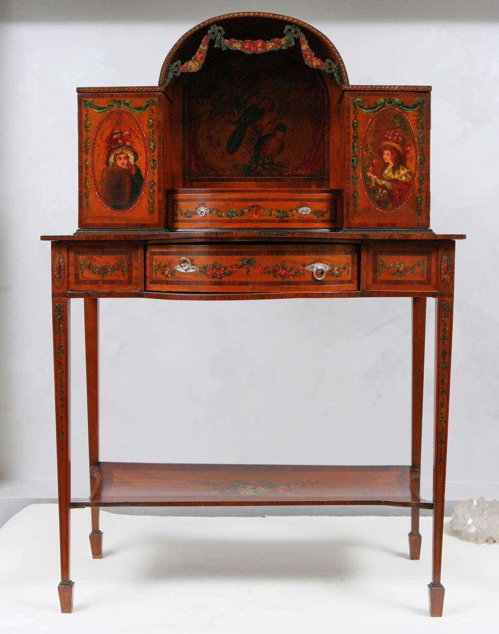 19th Century English Ladies Writing Desk In Excellent Condition For Sale In Los Angeles, CA