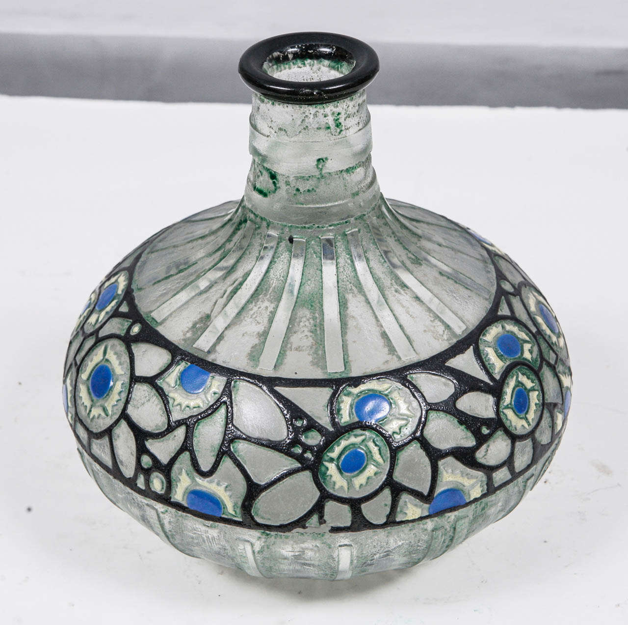 1920's French Delatte Vase In Excellent Condition For Sale In Los Angeles, CA