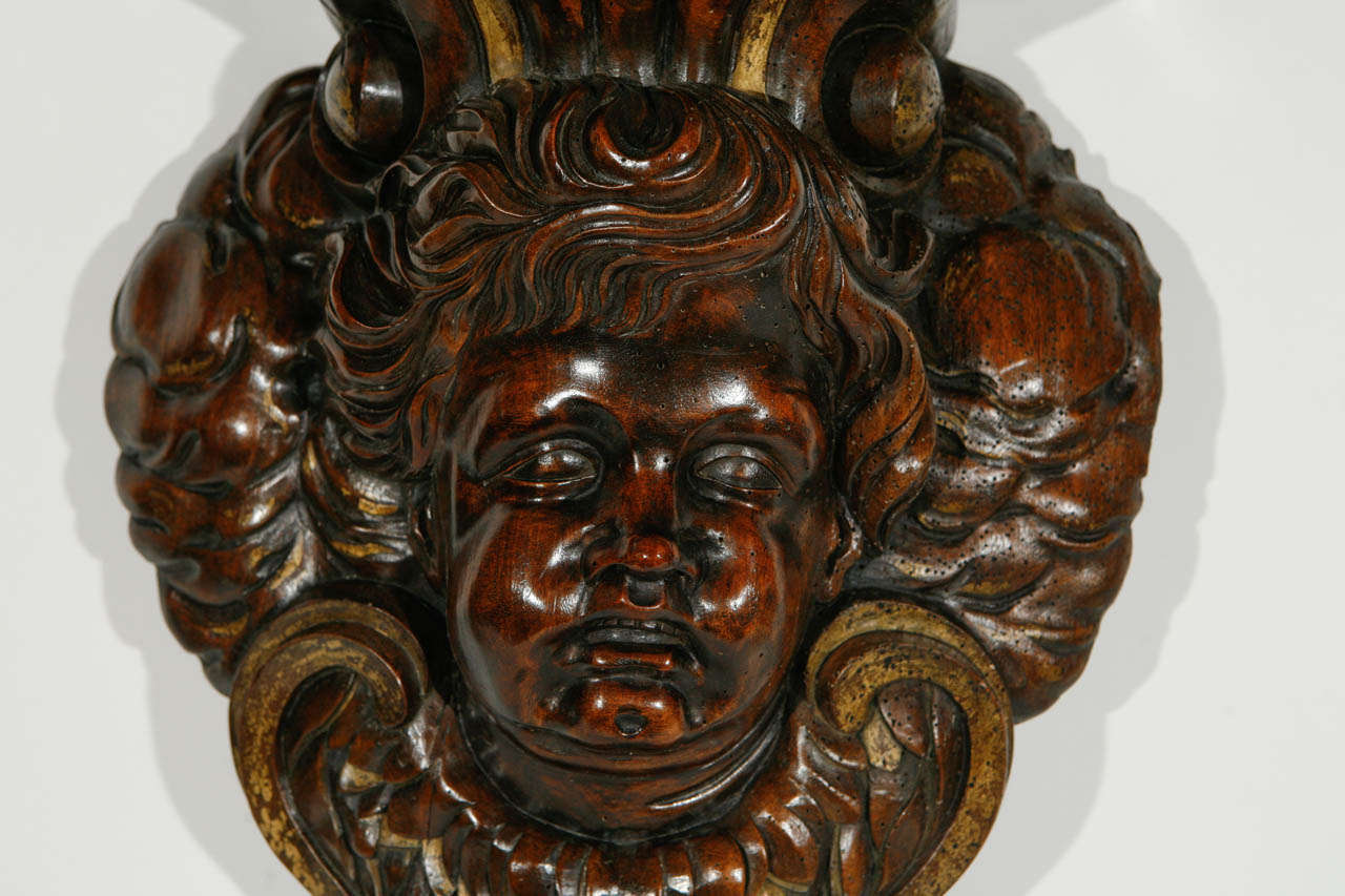 19th Century Italian Carved Cherub in Walnut Wall-Mounted Console For Sale 1