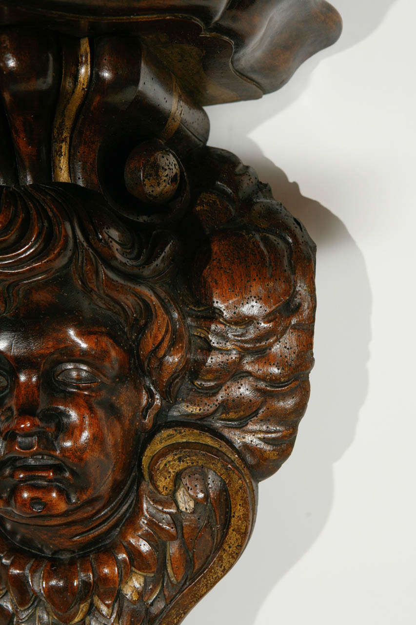 19th Century Italian Carved Cherub in Walnut Wall-Mounted Console For Sale 3