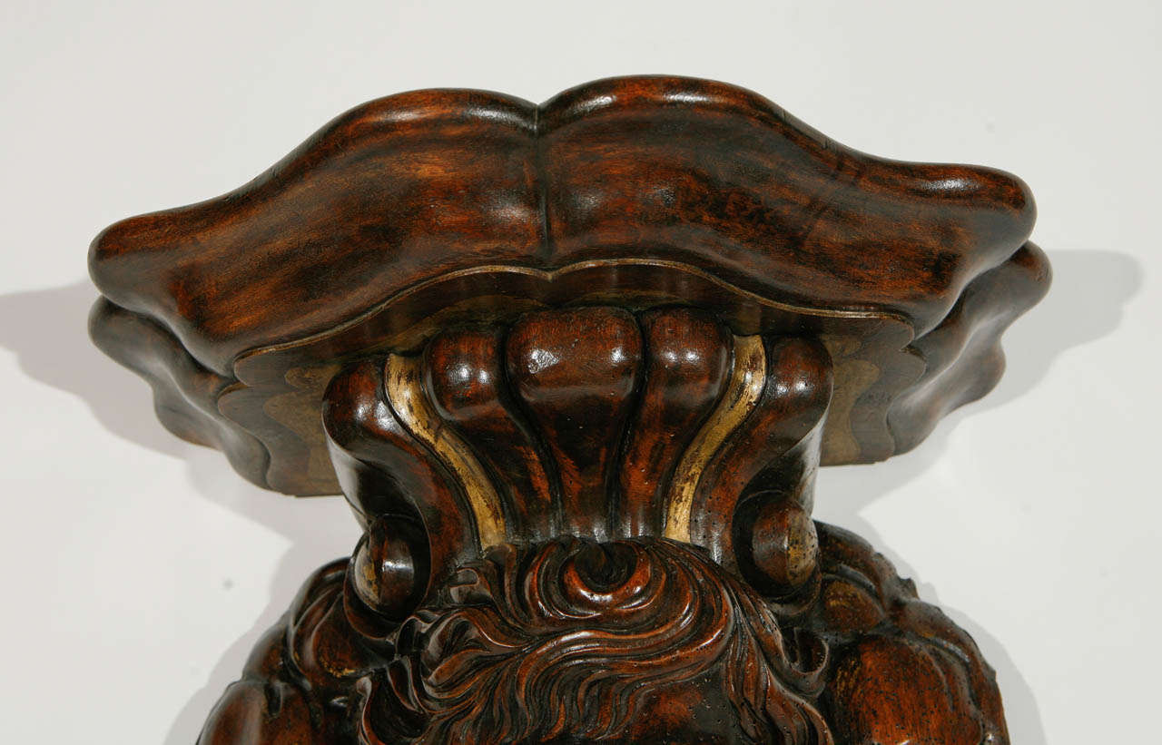 19th Century Italian Carved Cherub in Walnut Wall-Mounted Console For Sale 4