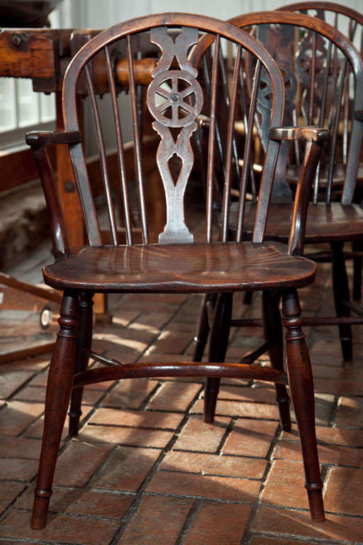 Set of 6 Antique English Wheelback Windsor Chairs 3 - Set Of 6 Antique English Wheelback Windsor Chairs At 1stdibs