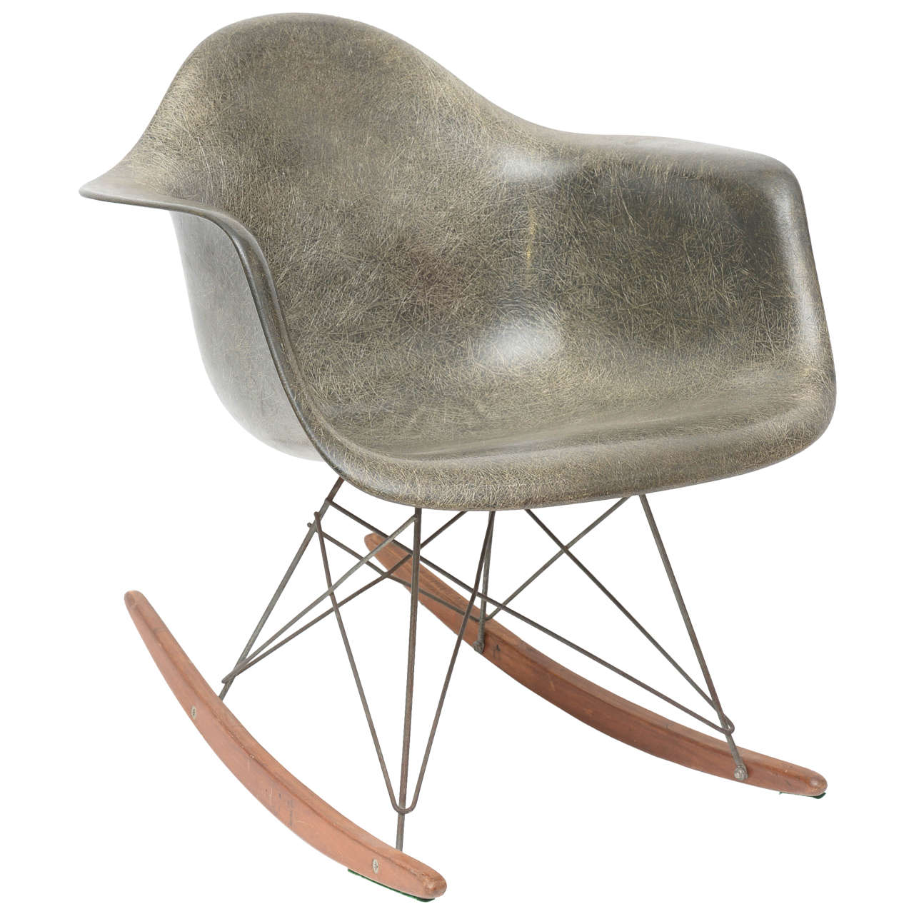 charles and ray eames rocker chair for sale at 1stdibs. Black Bedroom Furniture Sets. Home Design Ideas