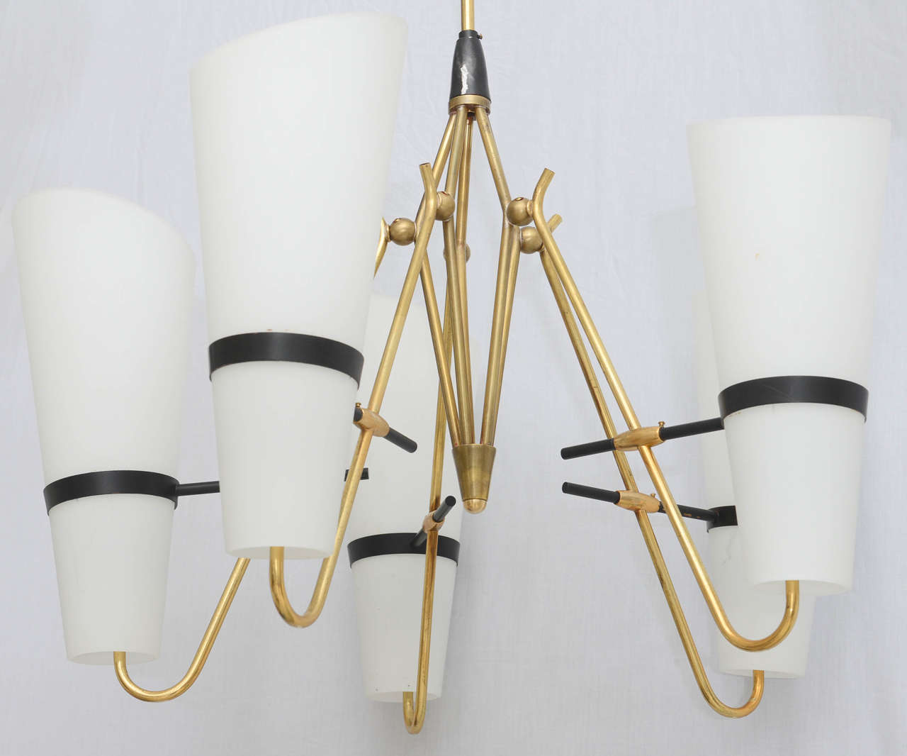 Italian Brass and Glass Chandelier in the Style of Stilnovo 8