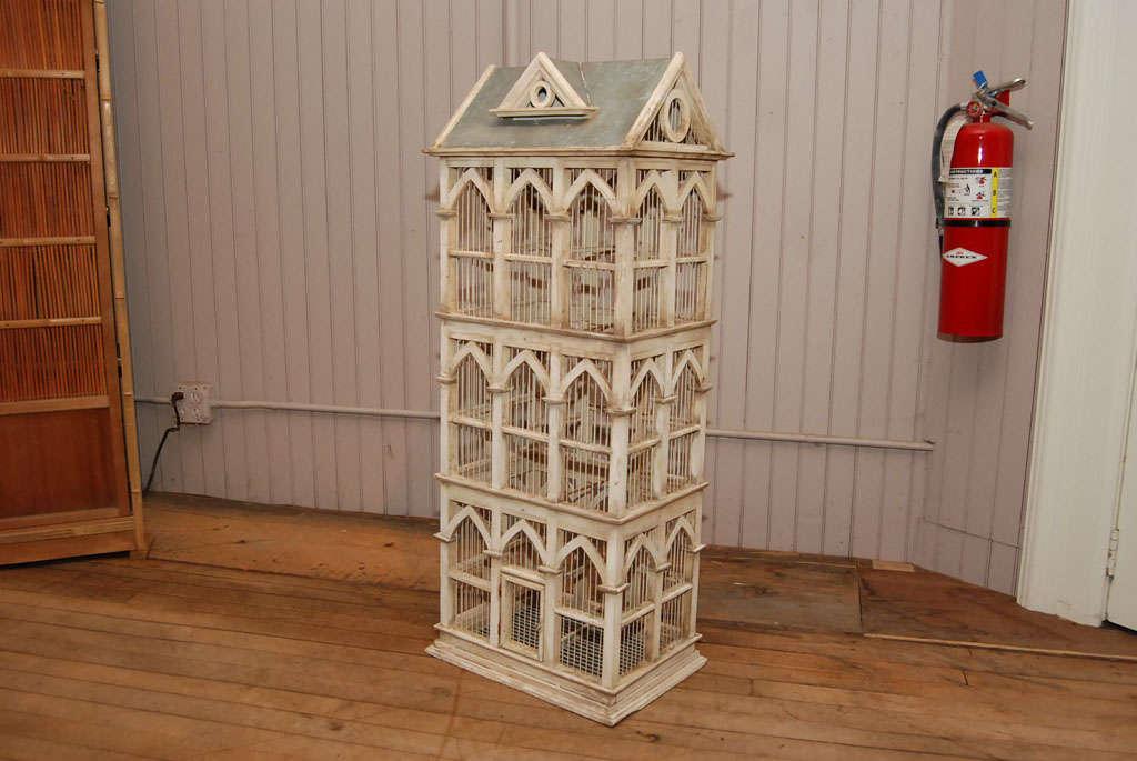 Townhouse Birdcage image 3