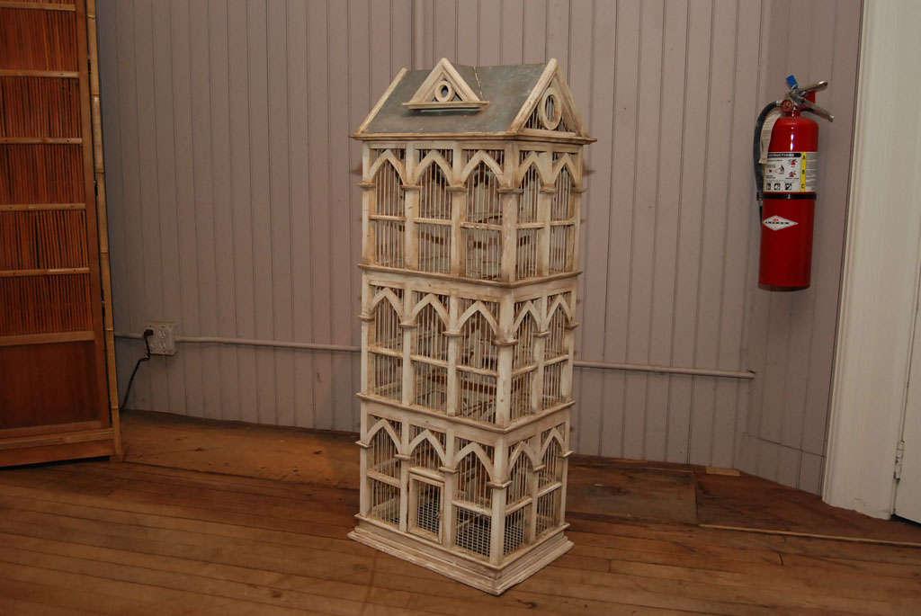 Townhouse Birdcage image 4