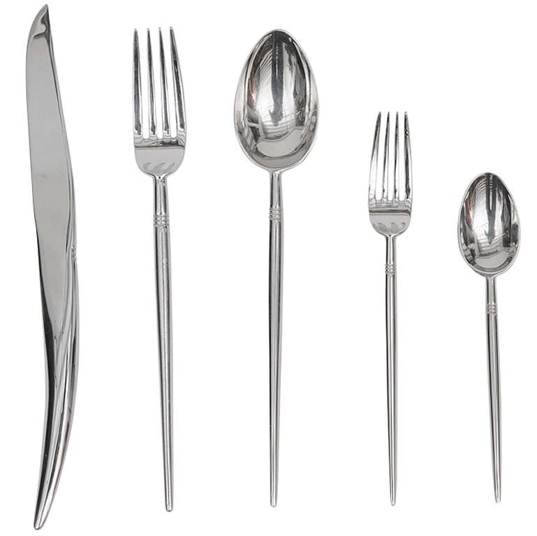 philippe starck object pointus flatware for sale at 1stdibs. Black Bedroom Furniture Sets. Home Design Ideas