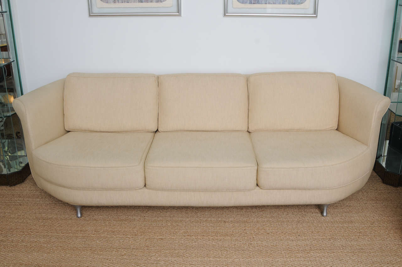 Comfortable And Deep Seated Linen Moroso Sofa At 1stdibs