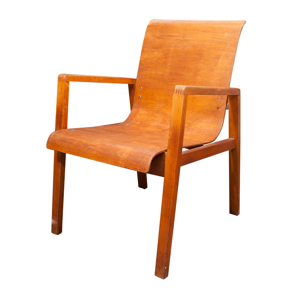 Alvar aalto arm chair at 1stdibs for Alvar aalto chaise