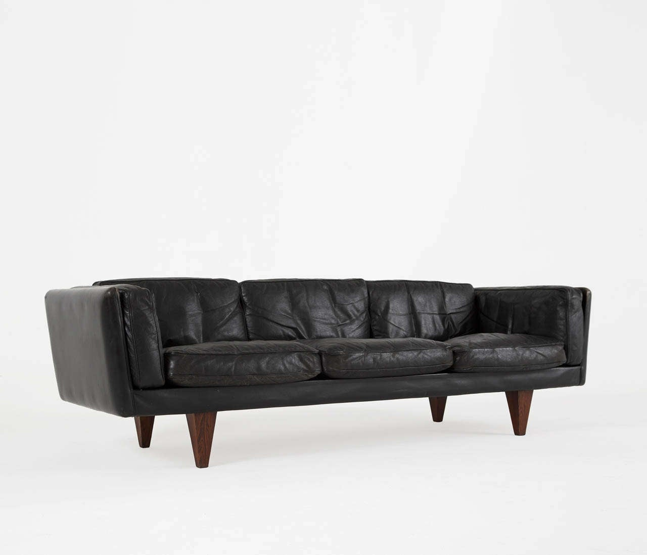 Illum Wikkelso 3 Seater Sofa  Black Leather and Down Filled image 3