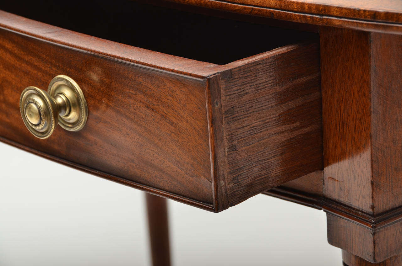 Early 19th Century Regency Mahogany Bow Front Side Table At 1stdibs