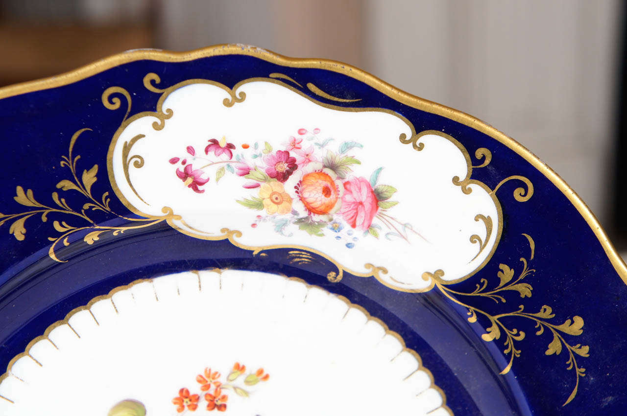 Pair of Similar Ridgway Porcelain Service Plates In Excellent Condition For Sale In Hudson, NY