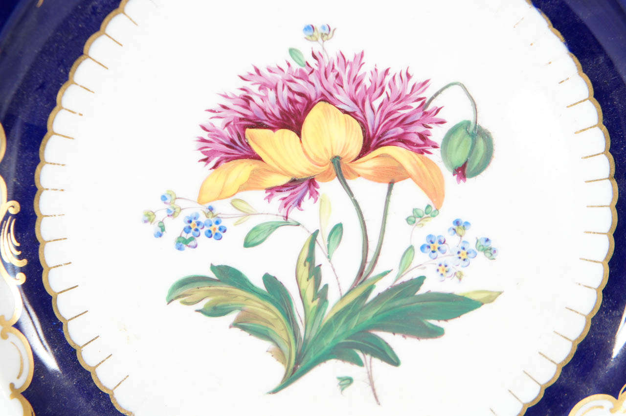 Pair of Similar Ridgway Porcelain Service Plates For Sale 2