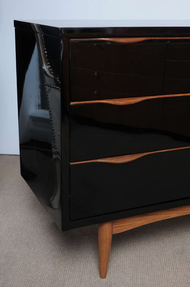 American Midcentury High Gloss Black Lacquer And Teak Dresser For