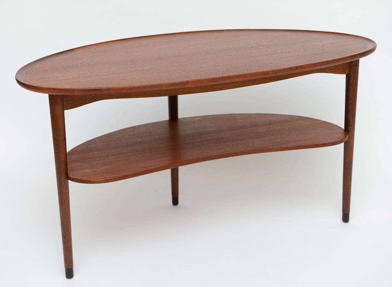 Fine Danish Teak Scallop Edge Kidney Shape Coffee Table At