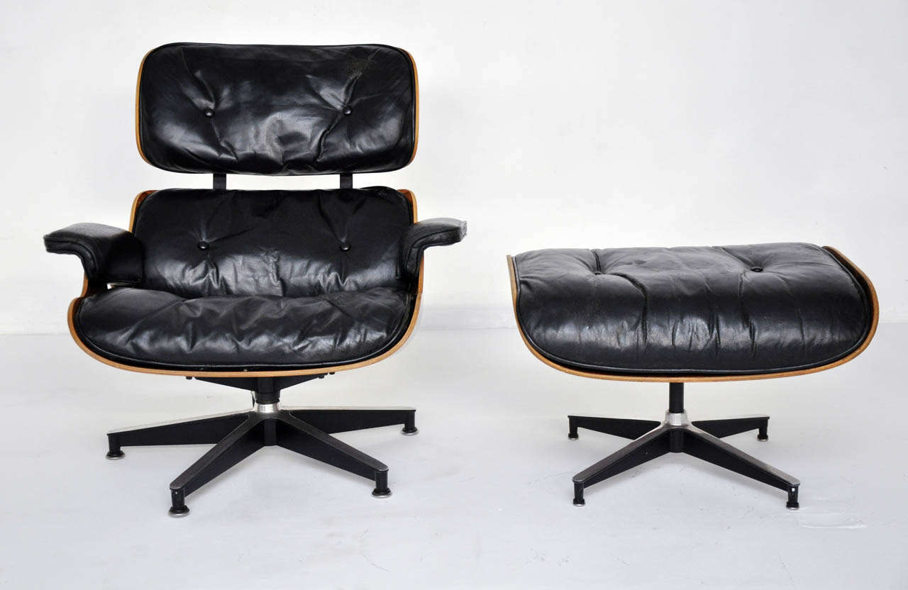 Rosewood charles eames lounge chair herman miller at 1stdibs - Eames lounge chair prix ...