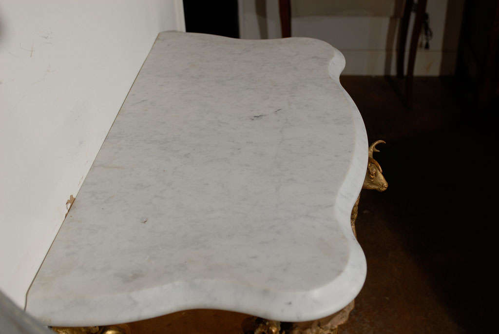 French Rococo Revival 1850s Console Table with Carrara Marble Top and Gilt Base For Sale 2