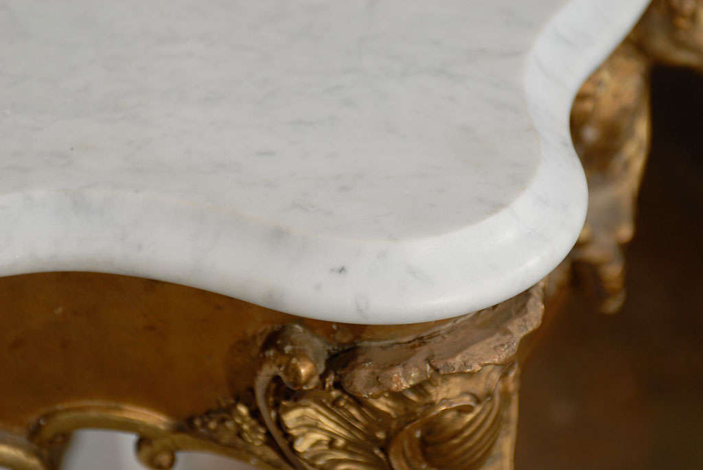 French Rococo Revival 1850s Console Table with Carrara Marble Top and Gilt Base For Sale 3