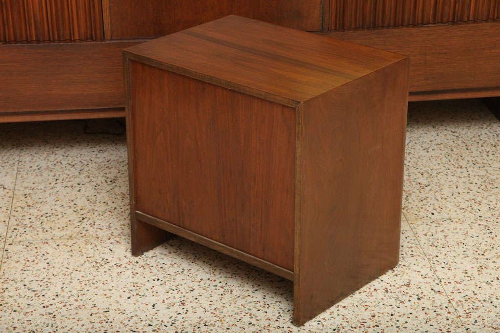 Robsjohn-Gibbings Walnut Night Table for Widdicomb For Sale 2