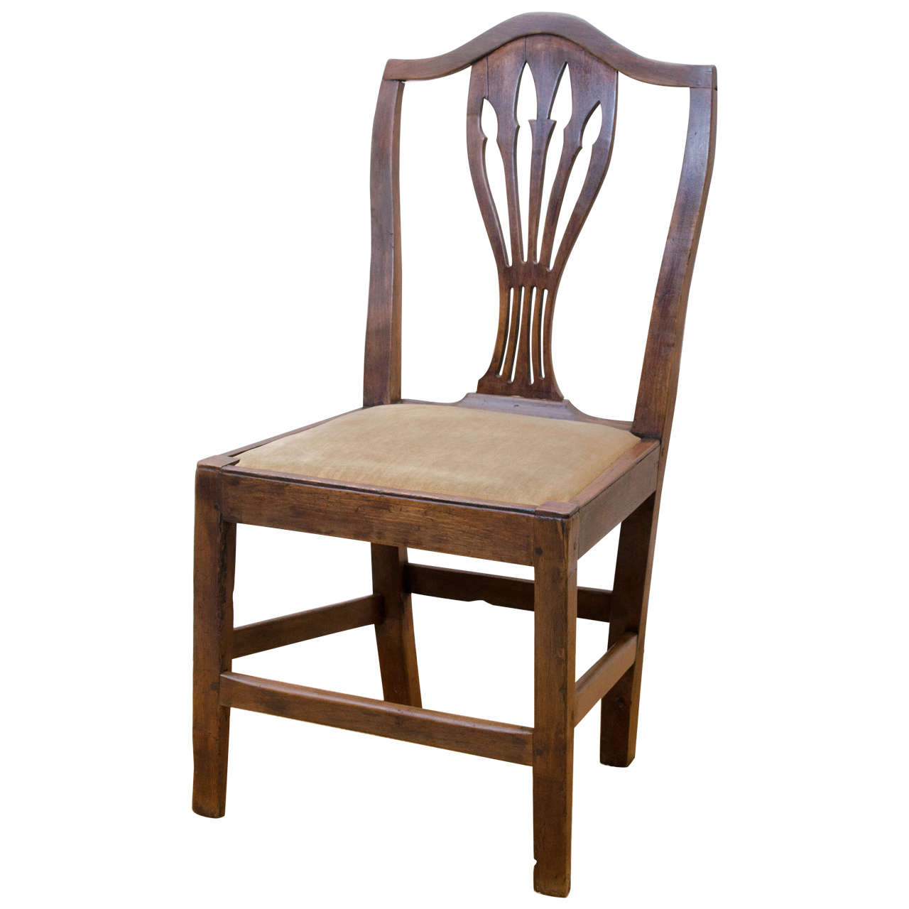 Merveilleux English 18th Century Oak Arrow Cut Out, Shield Back Country Side Chair For  Sale