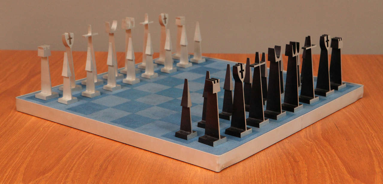 Austin Enterprises aluminum chess set and board.