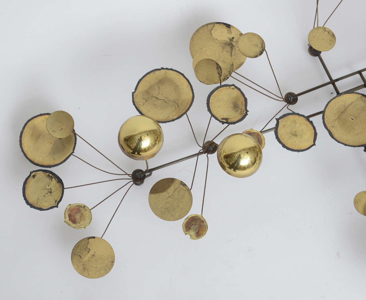 Mid Century Modern Brass Raindrops Wall Sculpture By C. Jere, Manufactured  By Artisan