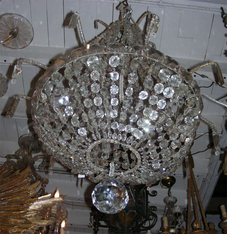 French 1900s Crystal Chandelier For Sale