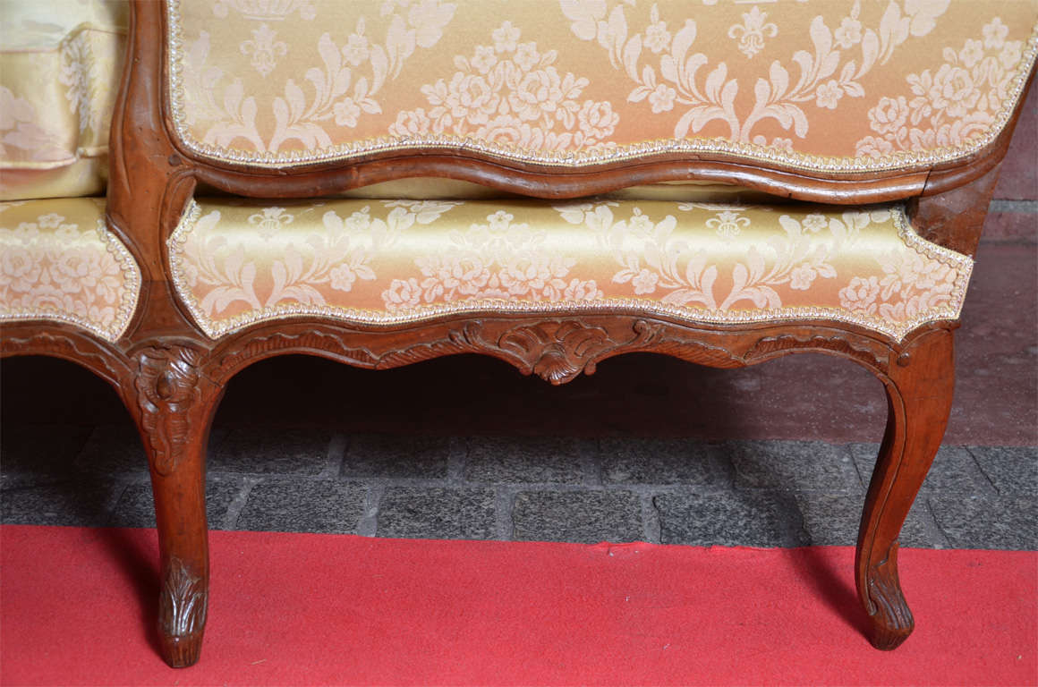 Gorgeous chaise longue louis xv period at 1stdibs for Chaises louis xv cannees