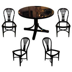 Table and 4 chairs by Thonet