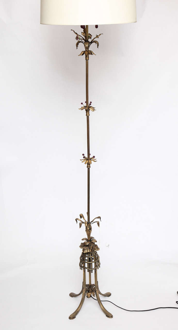 American 1920s Sculptural Art Deco Patinated Brass Floor Lamp For Sale