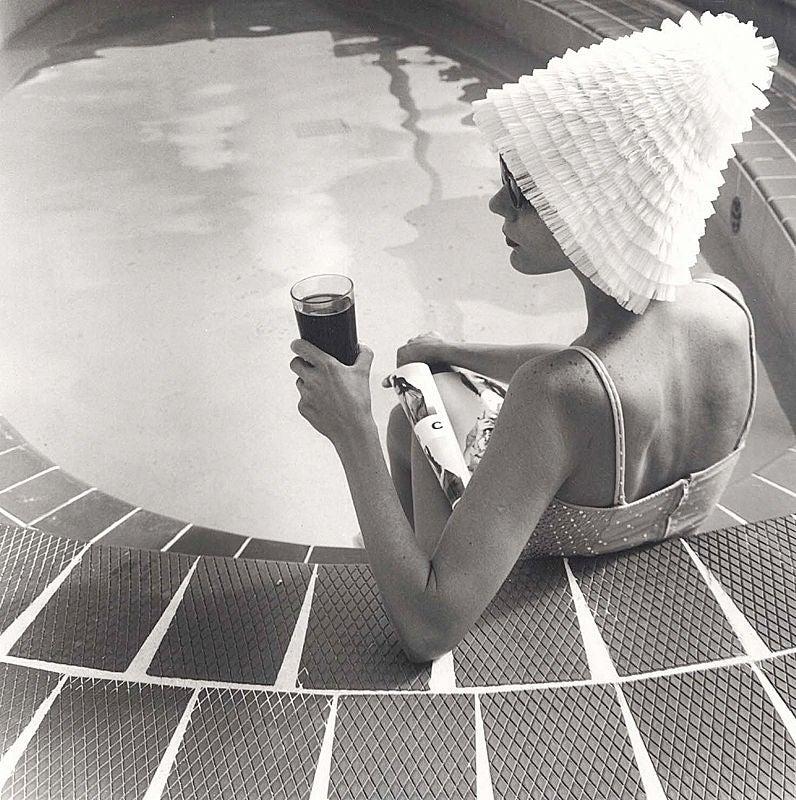 Silvia Lareo-Vazquez Black and White Photograph - Surf Club