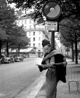 Sophie Litvak bus stop Magazine Elle