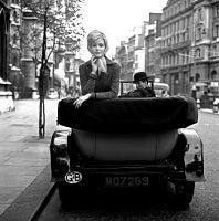 Lucinda Londres Car Publicité