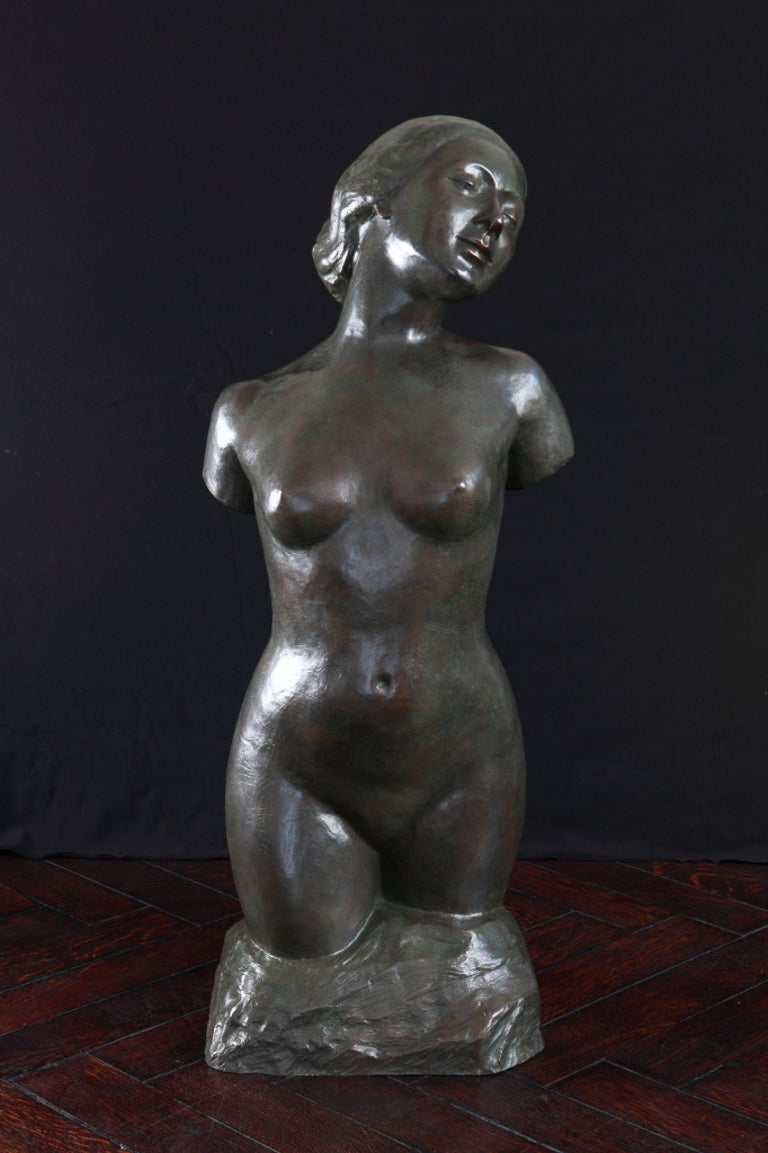 Nude sculpture, ca. 1905 by Rudolf Kaesbach ( 1873-1955 ), Germany. Bronze with brown patina. Signed: R.KAESBACH Height: 37,8 in ( 96 cm ), Width: 14.57 in ( 37 cm )