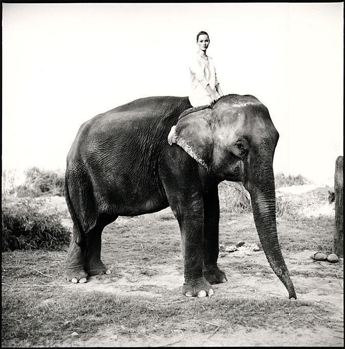 Arthur Elgort - Kate Moss in Nepal, British Vogue 1