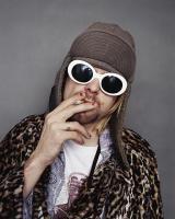 Kurt Cobain smoking