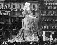 Christo's Wrapped Monument to Vittorio Emanuele
