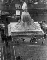 Christo's Wrapped Monument to Vittorio Emanuele