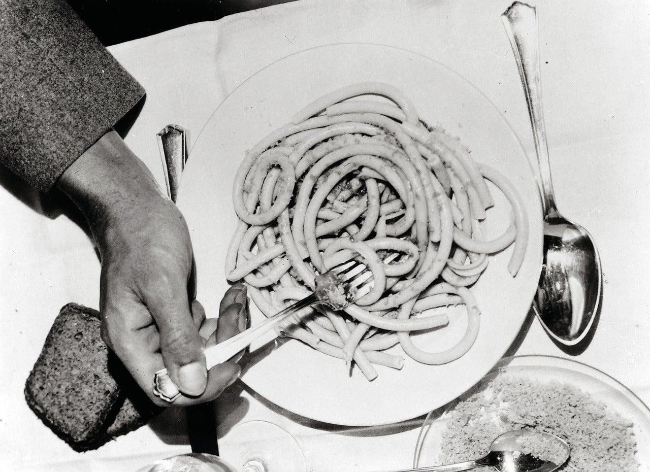 Irene Bayer - Macaroni, from Bauhaus I Portfolio 1