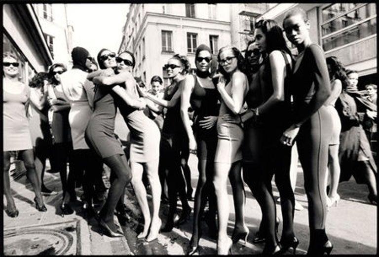 Models after the Azzedine Alaia Fashion Show, Paris - Photograph by Arthur Elgort