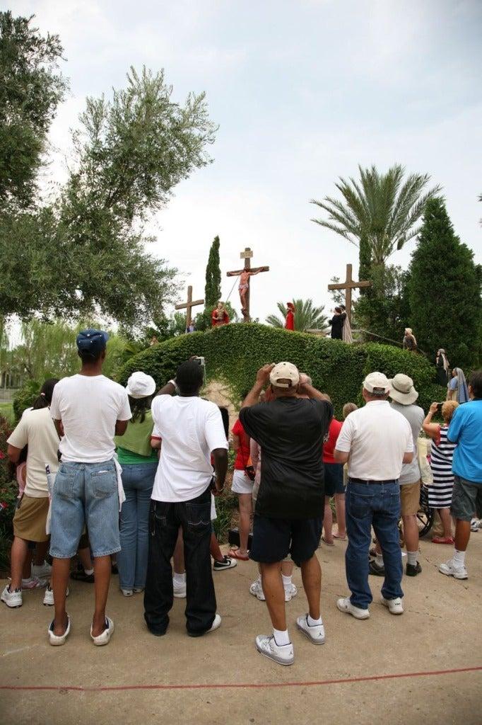 Tourists + Cross, Scenes from Jesusland