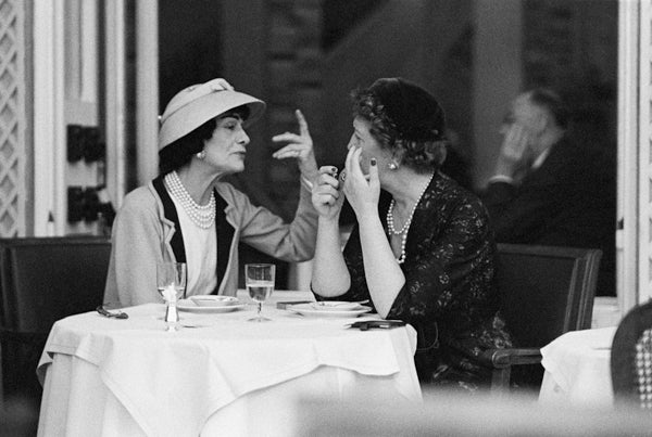 Mark Shaw Black and White Photograph - Coco Lunches with Jessica Daves at the Ritz